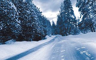 Schnee und Eis: Spike-Reifen!